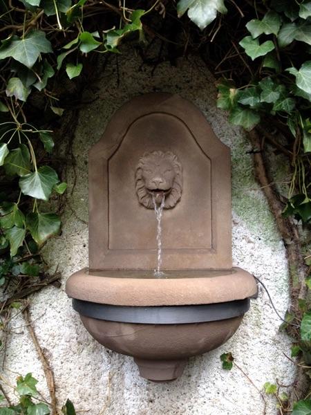 Pfälzer_Brunnen_Werkstatt_Hängebrunnen_No.15