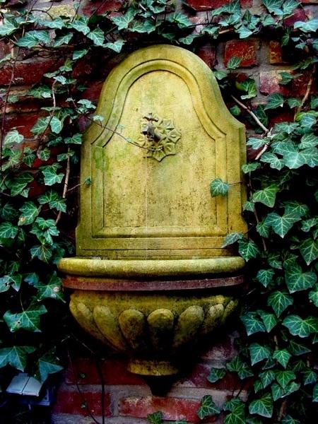 Pfälzer_Brunnen_Werkstatt_Hängebrunnen_No.3