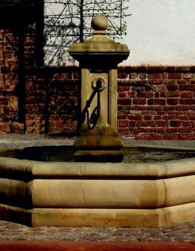 Pfälzer Brunnen Werkstatt Marktbrunnen No.6