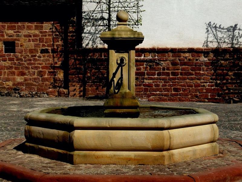 Pfälzer_Brunnen_Werkstatt_Marktbrunnen_No.6