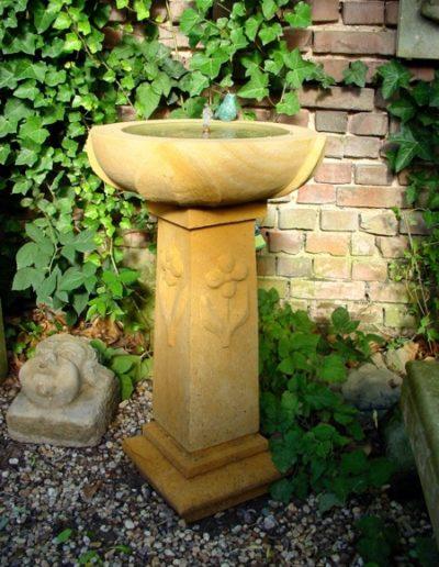 Pfälzer Brunnen Werkstatt Säulenbrunnen No.25