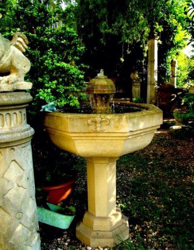 Pfälzer Brunnen Werkstatt Säulenbrunnen No.63