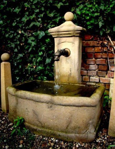 Pfälzer Brunnen Werkstatt Trogbrunnen No.38