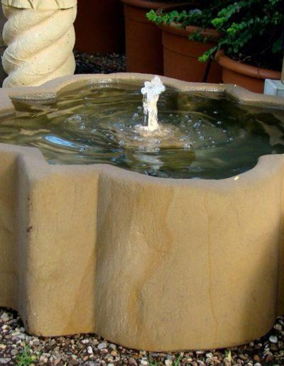 Pfälzer Brunnen Werkstatt Trogbrunnen No.44