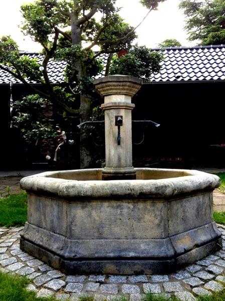 Pfälzer_Brunnen_Werkstatt_antike_Brunnen_No.2