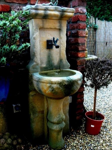 Pfälzer_Brunnen_Werkstatt_antike_Brunnen_No.21