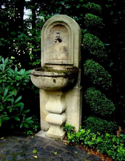 Pfälzer Brunnen Werkstatt antike Brunnen No.30