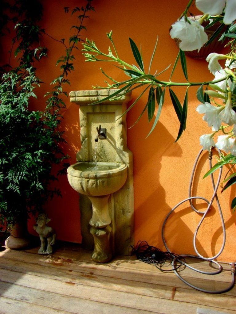Pfaelzer_Brunnen_Werkstatt_unsere_Brunnen_in_ihren_Gärten_No.101