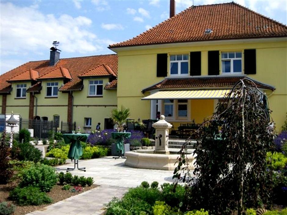 Pfaelzer_Brunnen_Werkstatt_unsere_Brunnen_in_ihren_Gärten_No.15