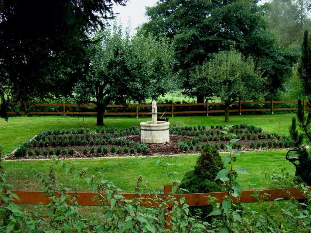Pfaelzer_Brunnen_Werkstatt_unsere_Brunnen_in_ihren_Gärten_No.17