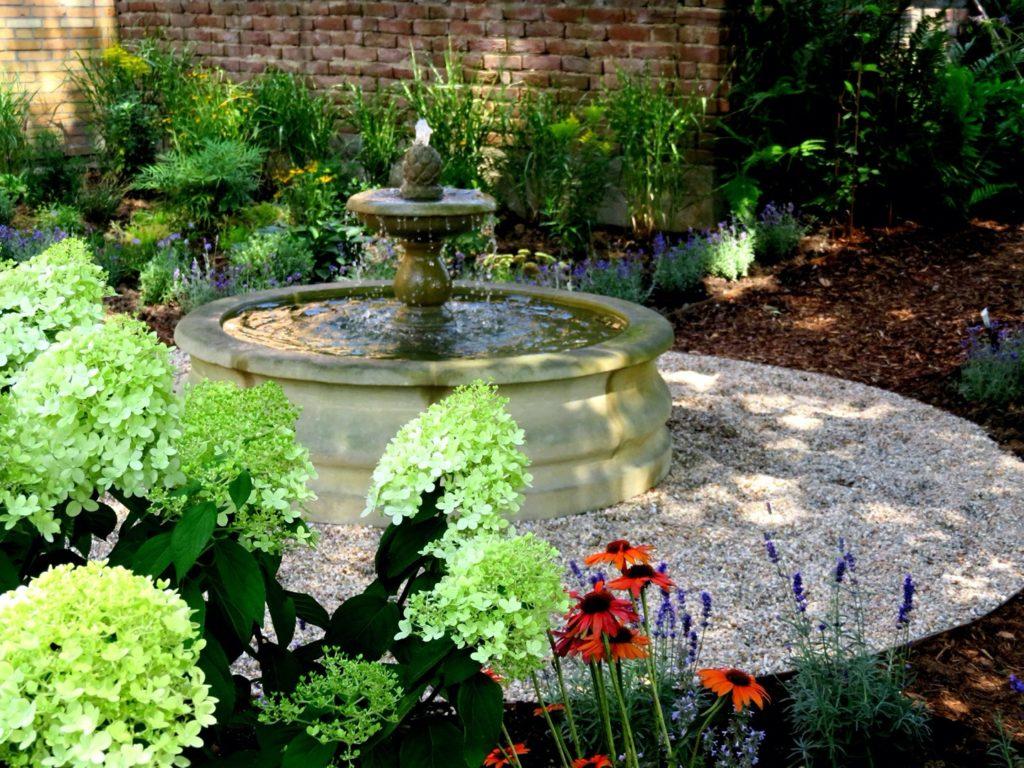 Pfaelzer_Brunnen_Werkstatt_unsere_Brunnen_in_ihren_Gärten_No.18