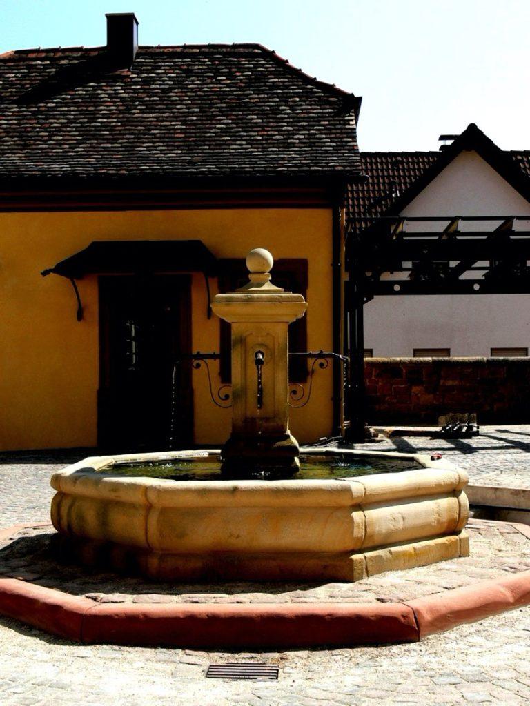 Pfaelzer_Brunnen_Werkstatt_unsere_Brunnen_in_ihren_Gärten_No.20