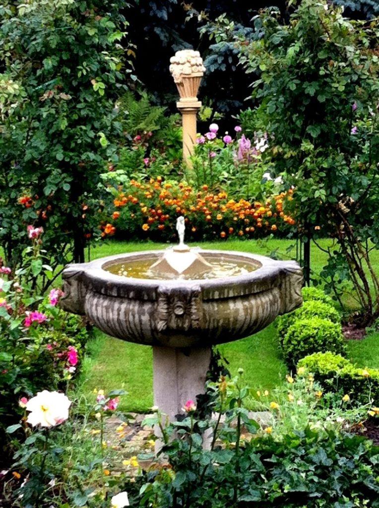 Pfaelzer_Brunnen_Werkstatt_unsere_Brunnen_in_ihren_Gärten_No.45
