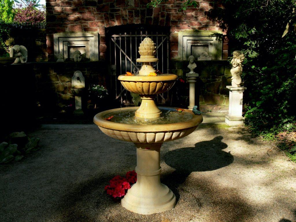 Pfaelzer_Brunnen_Werkstatt_unsere_Brunnen_in_ihren_Gärten_No.49