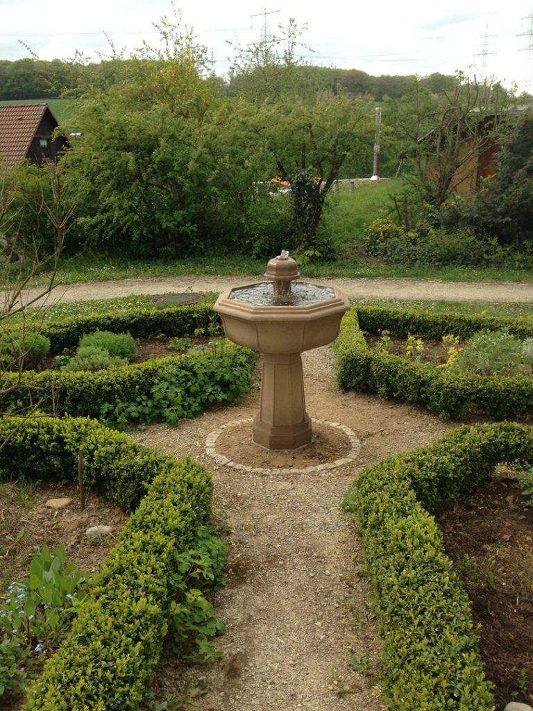 Pfaelzer_Brunnen_Werkstatt_unsere_Brunnen_in_ihren_Gärten_No.55