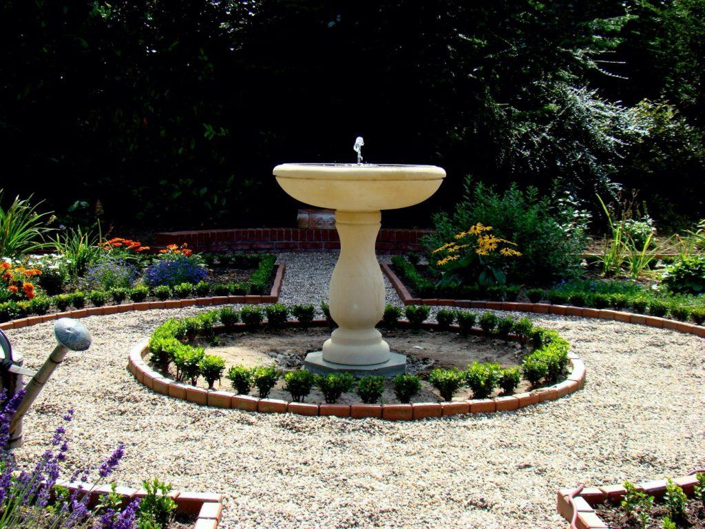 Pfaelzer_Brunnen_Werkstatt_unsere_Brunnen_in_ihren_Gärten_No.62