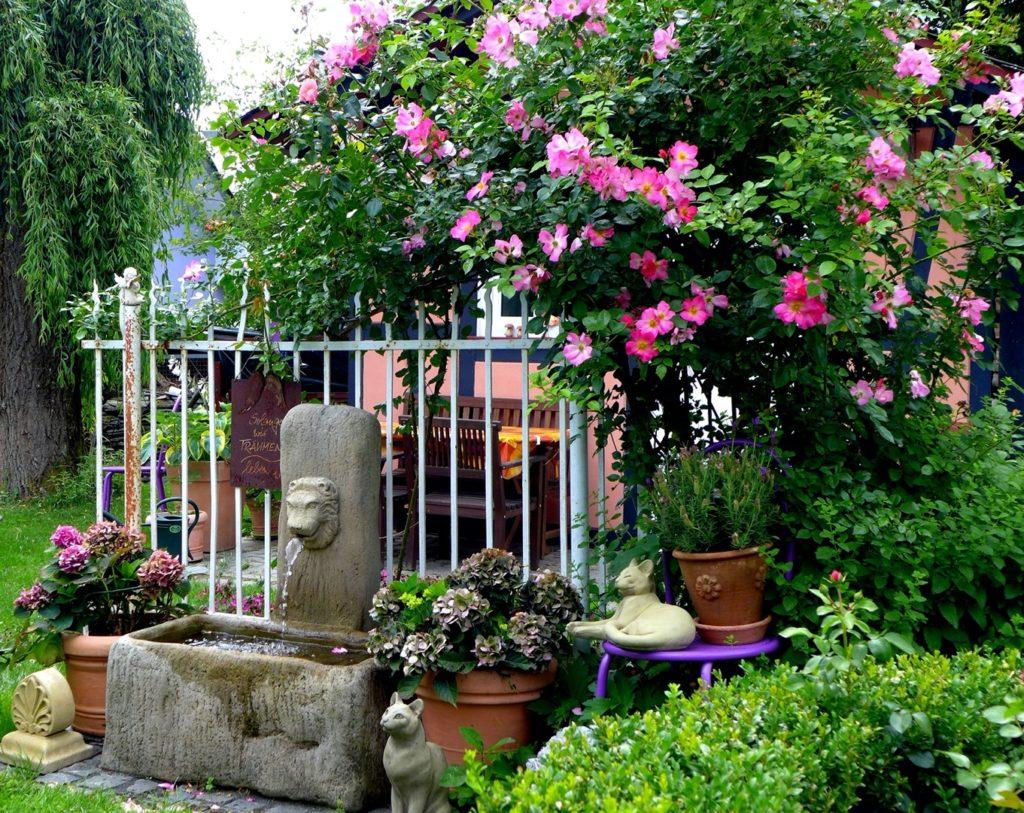 Pfaelzer_Brunnen_Werkstatt_unsere_Brunnen_in_ihren_Gärten_No.72