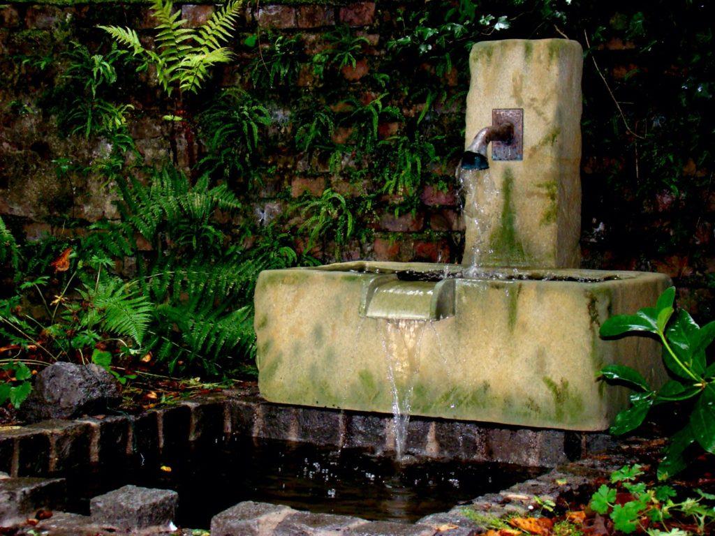 Pfaelzer_Brunnen_Werkstatt_unsere_Brunnen_in_ihren_Gärten_No.76