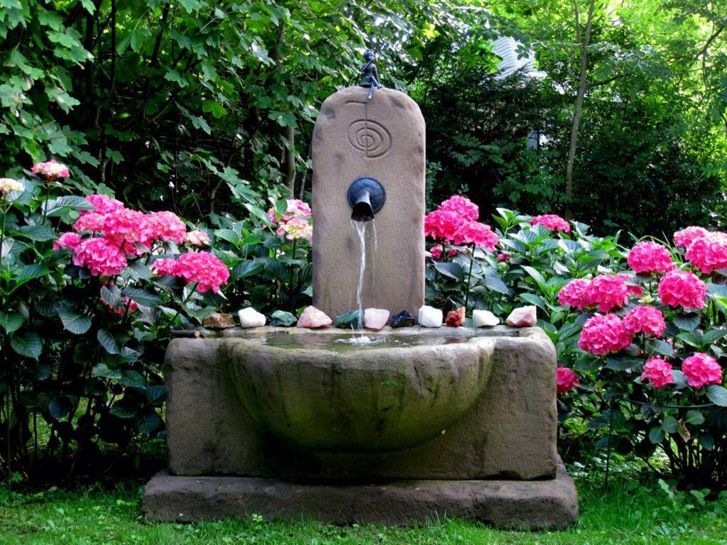Pfaelzer_Brunnen_Werkstatt_unsere_Brunnen_in_ihren_Gärten_No.91